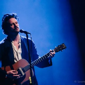 Father John Misty a offert un set acoustique intimiste au Café de la Danse